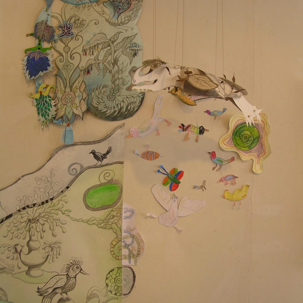 g.-Kindertekeningen-vullen-kunstwerk-De-Schepping-aan